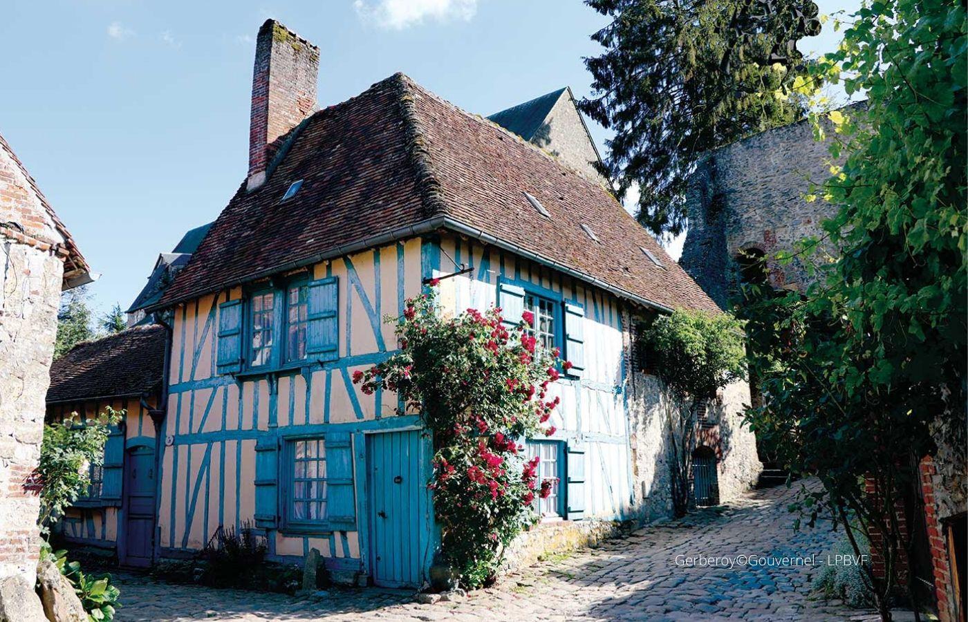 séjour ou week end en amoureux Normandie - gerberoy - 4 roues sous 1 parapluie