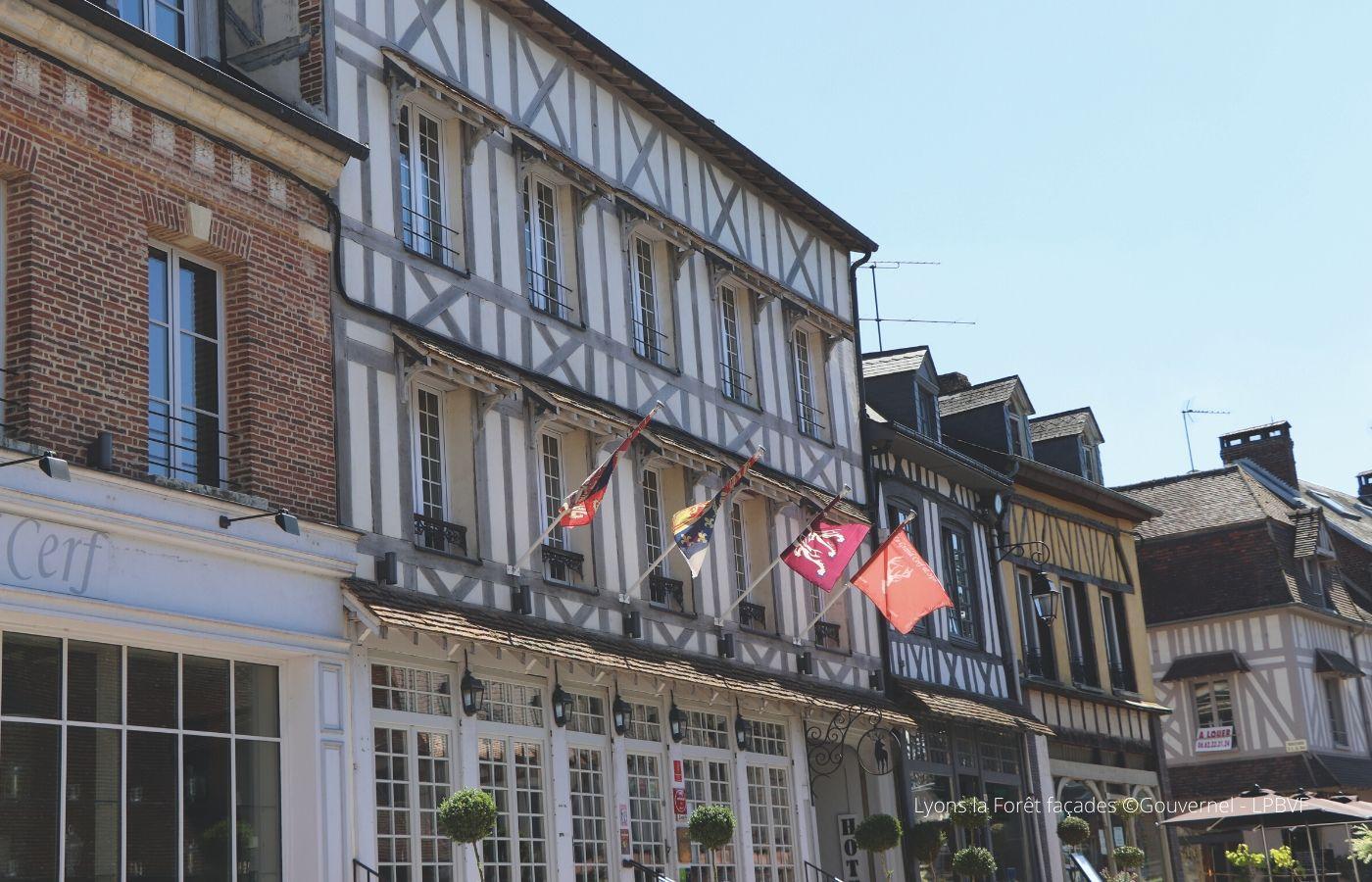 Séjour ou week end en amoureux Normandie - Lyons la Forêt - 4 roues sous 1 parapluie