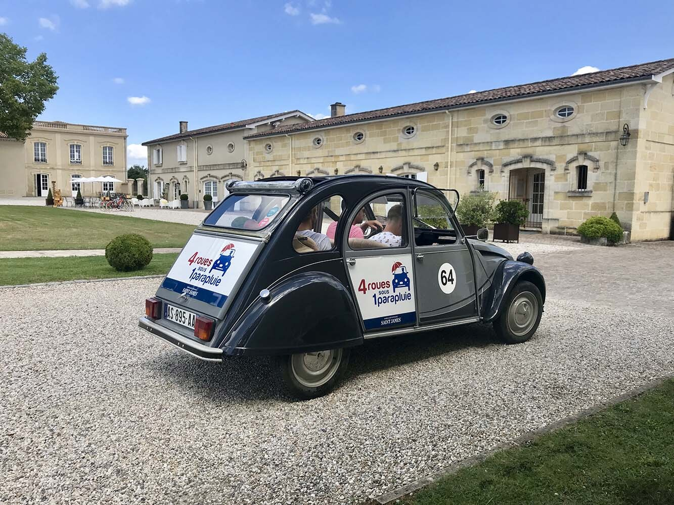 Wine tour Bordeaux en 2CV