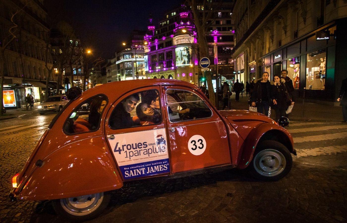 Tour de Paris en 2CV - Visiter Paris by night - 4 roues sous 1 parapluie